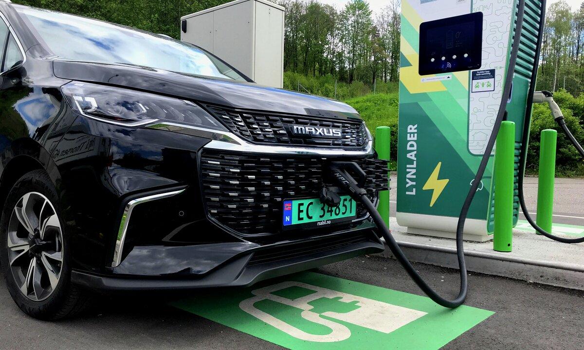 Test av Maxus Euniq varebil: Hurtigladet med stil