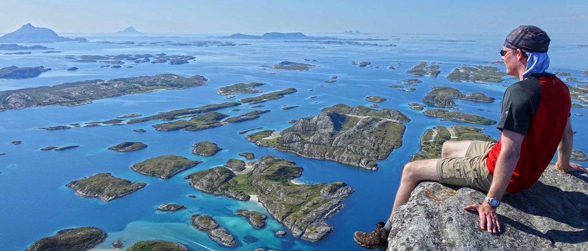 Med elbil på Nasjonal turistveg Helgelandskysten