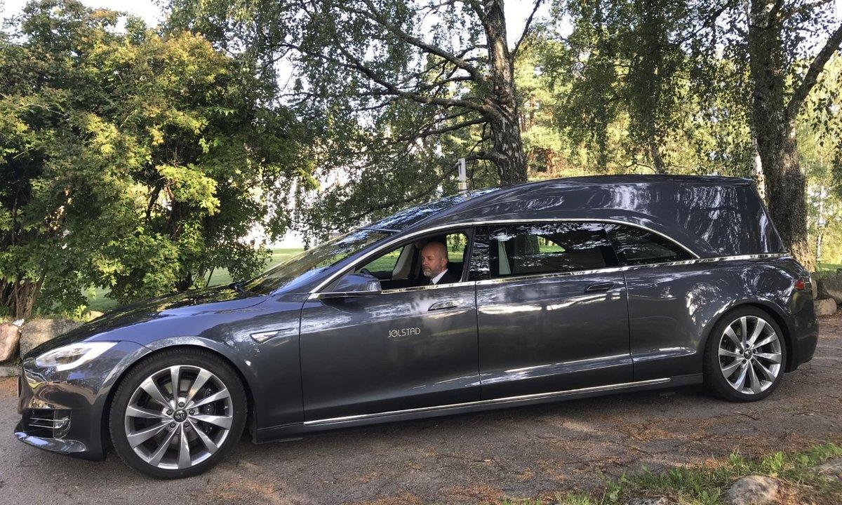 Oslos begravelses-Tesla: Ingen bil er lik