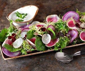 Salat med asiatiske reddiker