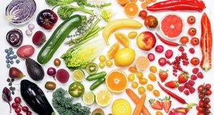 Miljøbilde frukt og grønnsaker, regnbuens farger