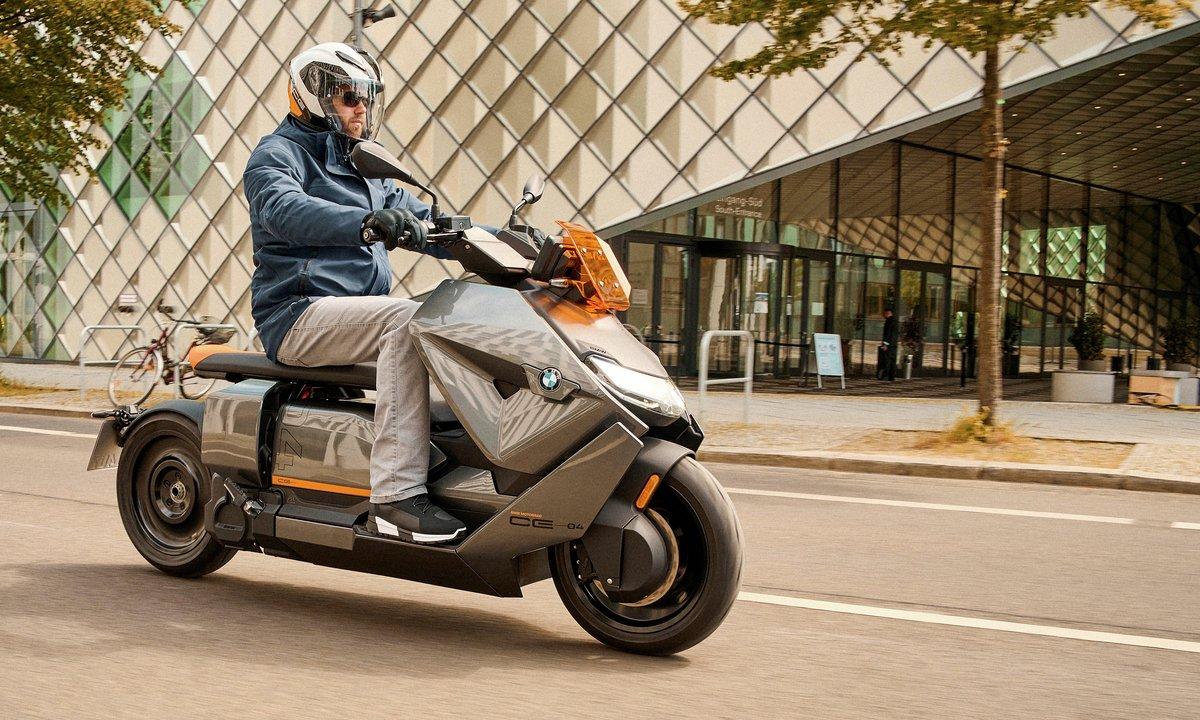 Sjekk BMWs nye elscooter med full multimediapakke