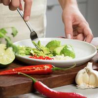 Hjemmelaget guacamole - avokado, lime, chili, hvitløk
