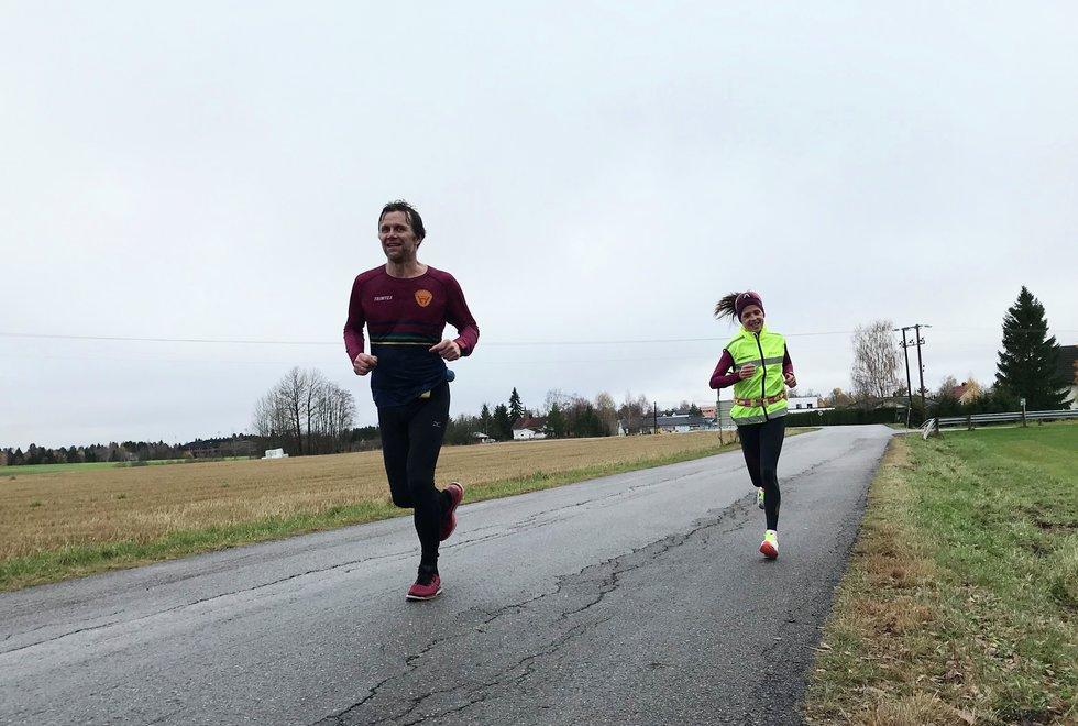 Arild Hagen og Ann Heidi Scharning, Kondistreninga Årnes arrangerte Kondisløpet 31. oktober 2020