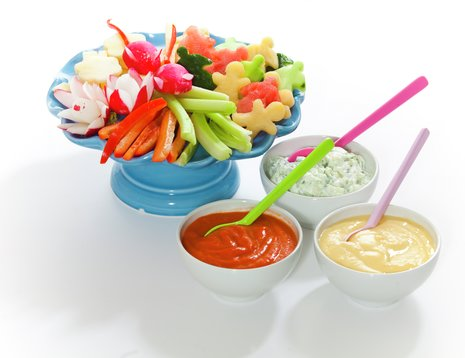 Fat med grønnsaker og dipp