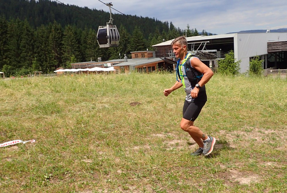 Tom Falkeid i Monsterbakken i Cavalese i Val di Fiemme, Dolomittene, Italia