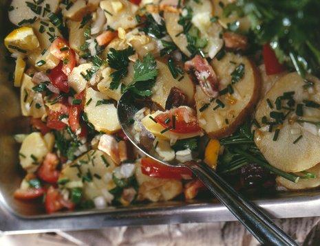 Nærbilde av potetsalat