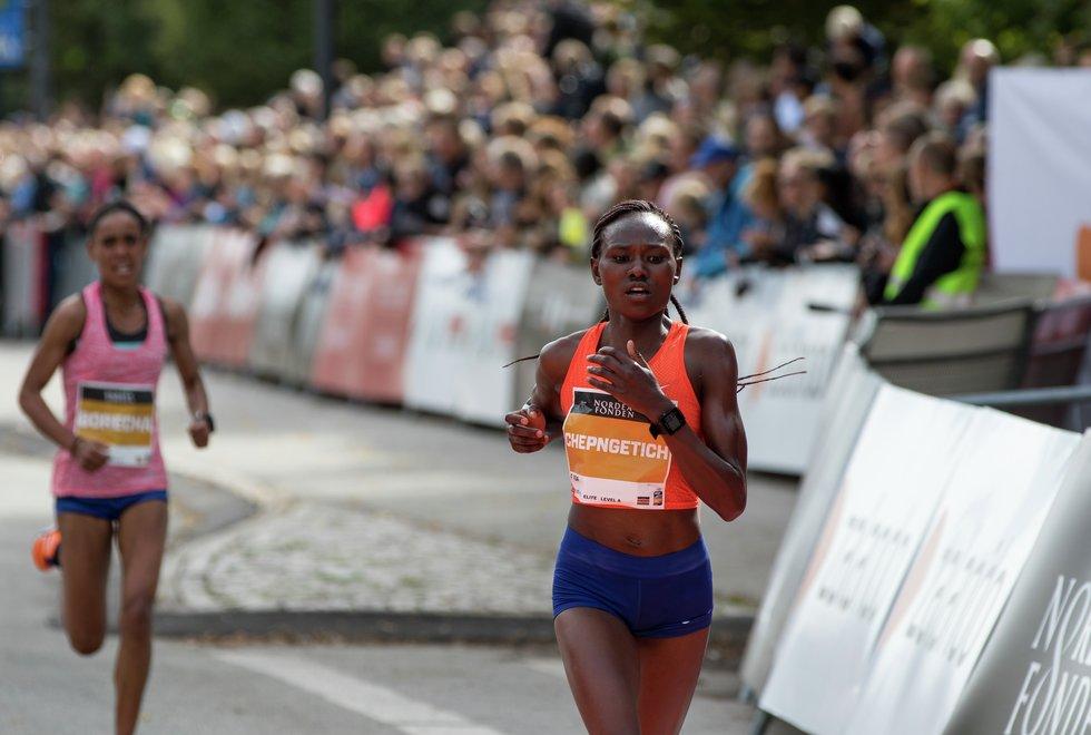 Ruth Chepngetich i Copenhagen Half Marathon i 2018. (Foto: Sylvain Cavatz)