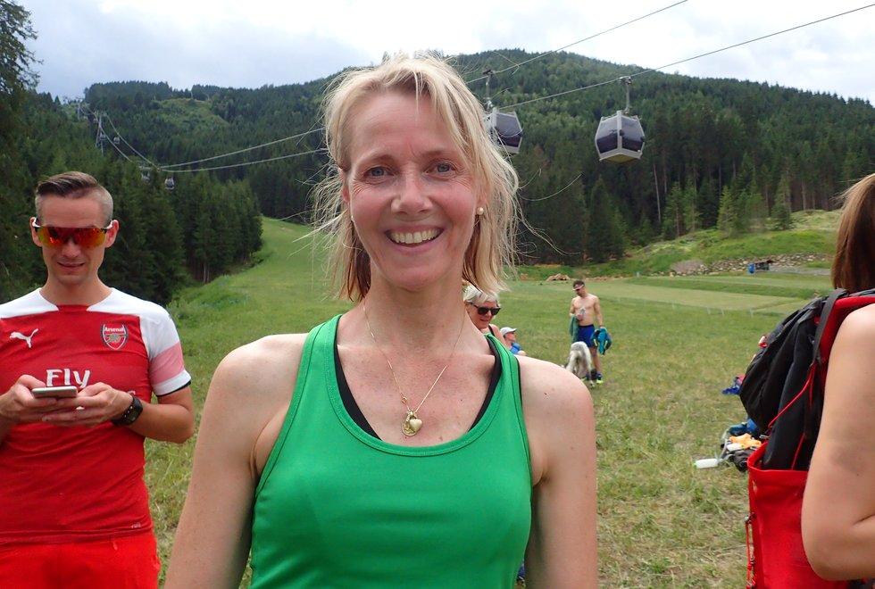 Tove Beate Nygaard i Monsterbakken i Cavalese i Val di Fiemme, Dolomittene, Italia