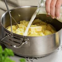 Tilbereding av potetmos