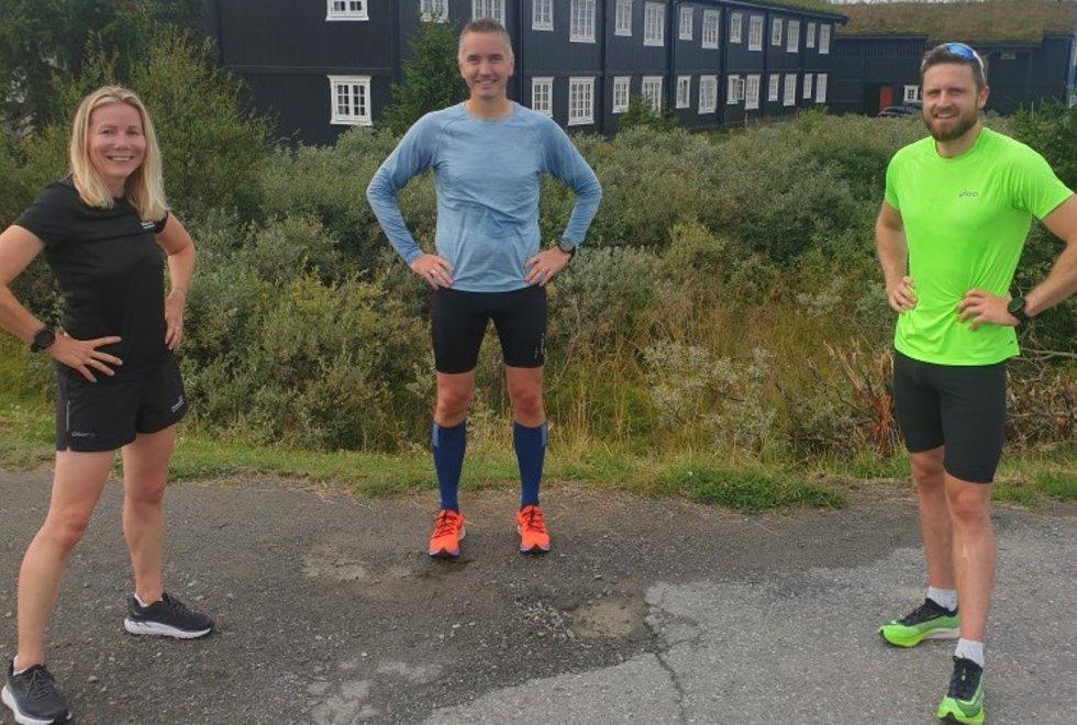 Anne Woldmo, Stig Fjelldahl og Jon Shaw på løpesamling for Kondis på Ilsetra august 2020