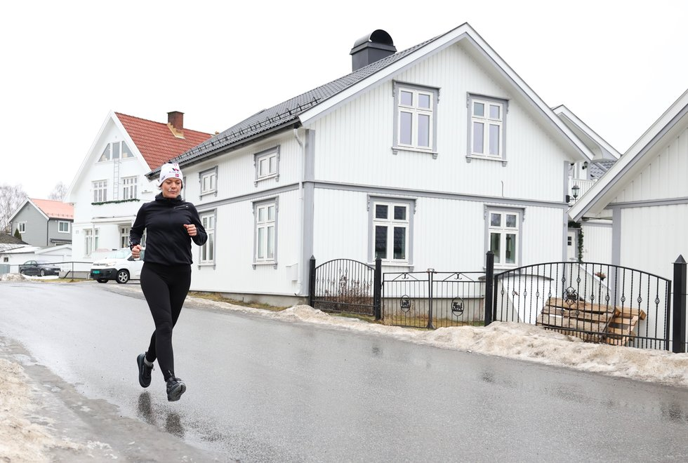Ultramål: Line Sortehaug Grønlie startet å løpe for snart tre år siden. Nå etter å ha blitt bra igjen etter sin første løpeskade, satser hun alt på å kunne stille til start i Røyse Ultra og Ringerike 6-timers. (Foto: Marianne Røhme)