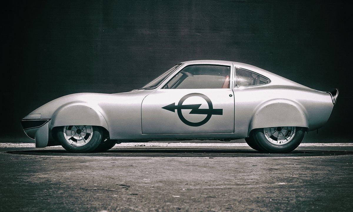 Opel feirer 50 år med elbil: Denne satte 6 verdensrekorder