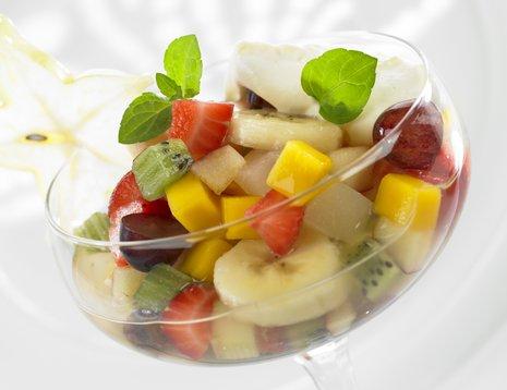 Oppskriftsbilde av fruktsalat i glassbolle.