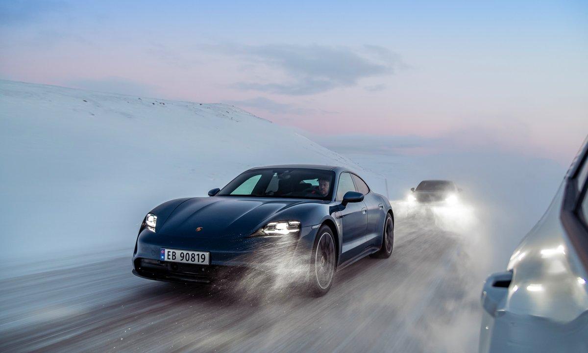 Test av Porsche Taycan 4S PBP: En elektrisk vinterdrøm
