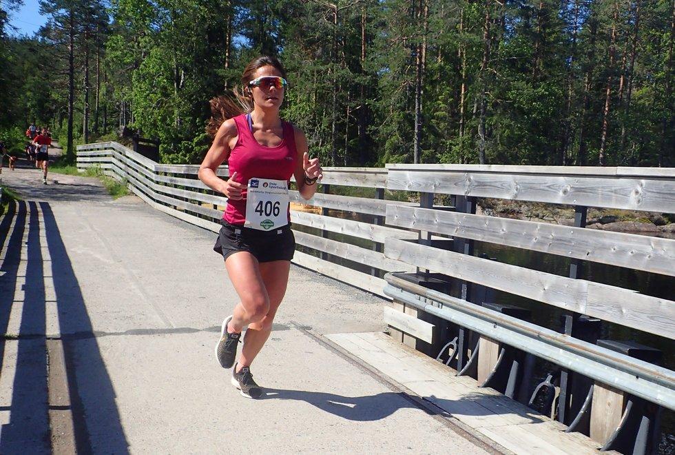 Elvira Vegas ble sjette beste kvinne i Nordmarka Skogsmaraton 2019