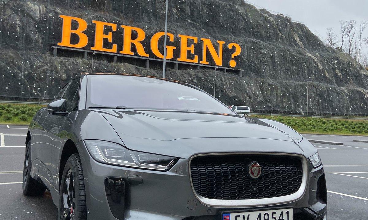 Bergen strammer grepet om parkering – rammer også elbiler