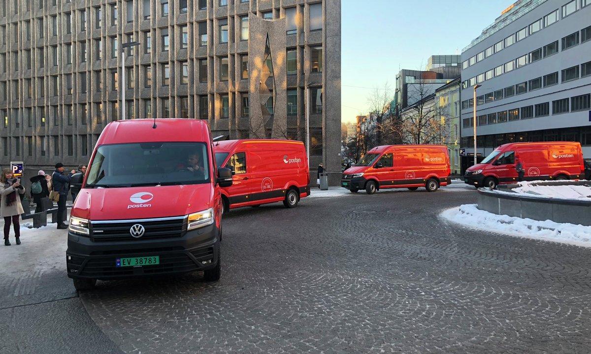 Posten fikk de første store elvarebilene fra Volkswagen