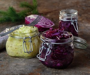 Fermentert rødkål og hvitkål