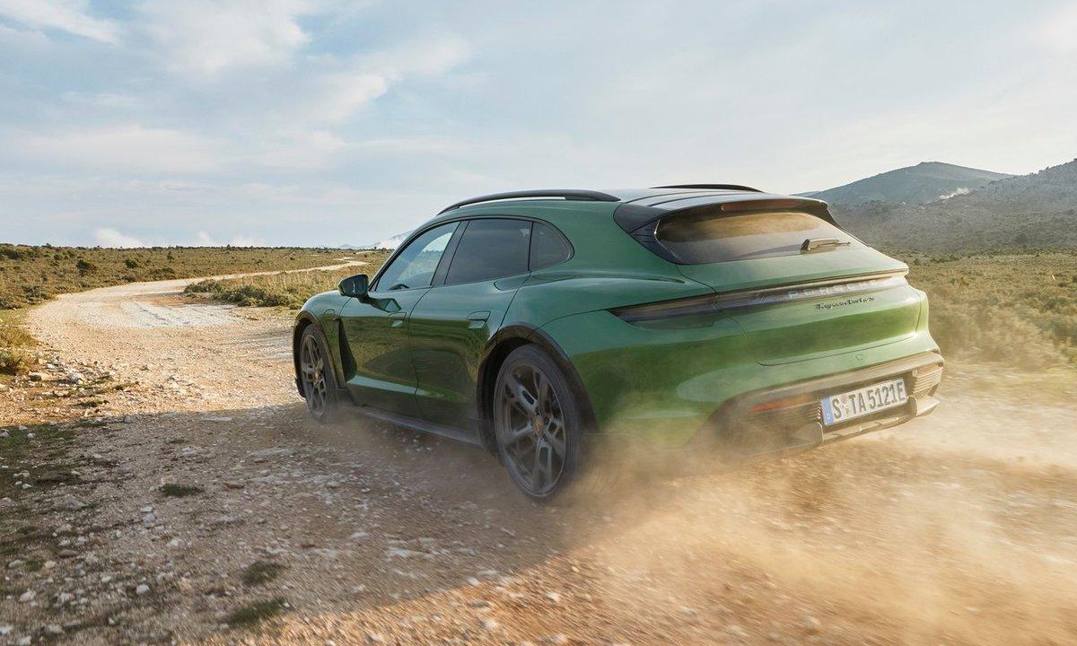 Porsche Taycan Cross Turismo: Hytteraceren!