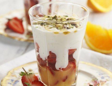 Jordbærdessert i glass