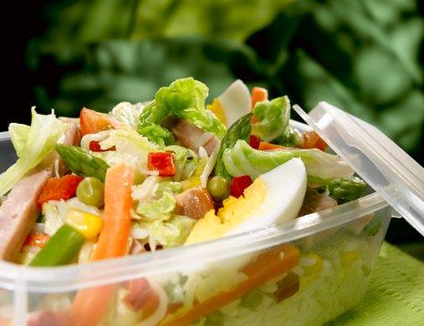Salat med kinakål i lunsjboks