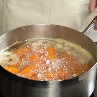 Koking av gulrøtter