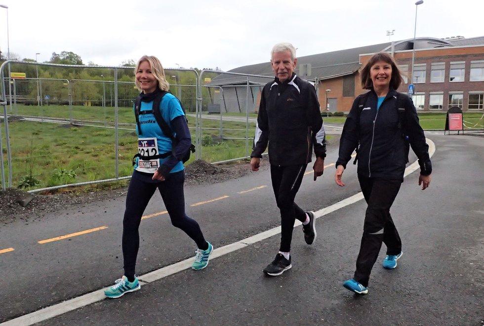 Deler av Kondislaget i Holmenkollstafetten 2019 f.v: Anne Woldmo, Tor-Arne Stenhaug og Karin Morstad