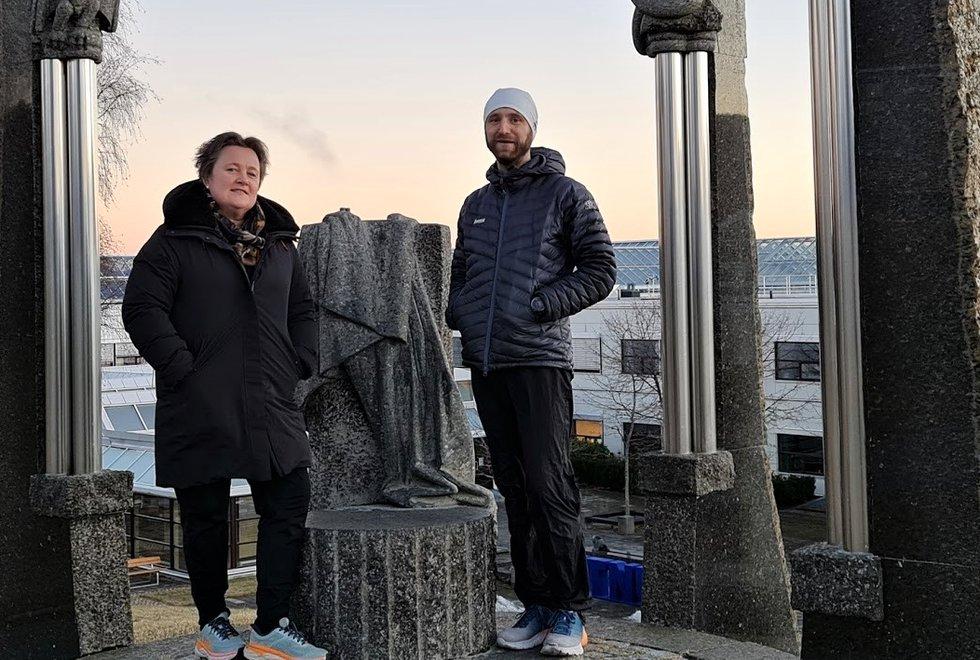 Forskerne: Linda Ernstsen og Audun Havnen ved NTNU har gjennomført en spørreundersøkelse blant Kondismedlemmene. (Foto: Martin Bustadmo)
