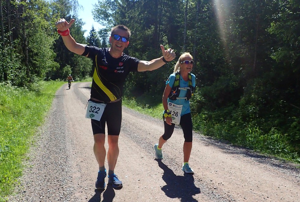 Knut Bøvre og Jeanette Aurdal Aarstad under Nordmarka Skogsmaraton 2019