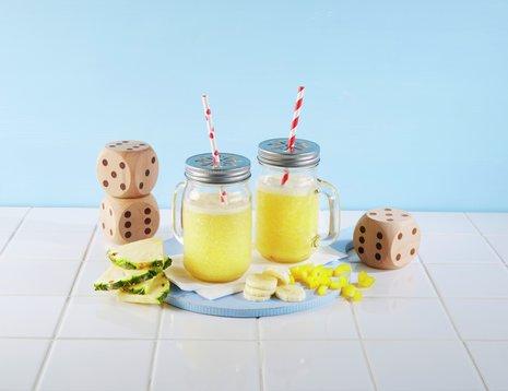 Smoothie med ananas, banan og paprika