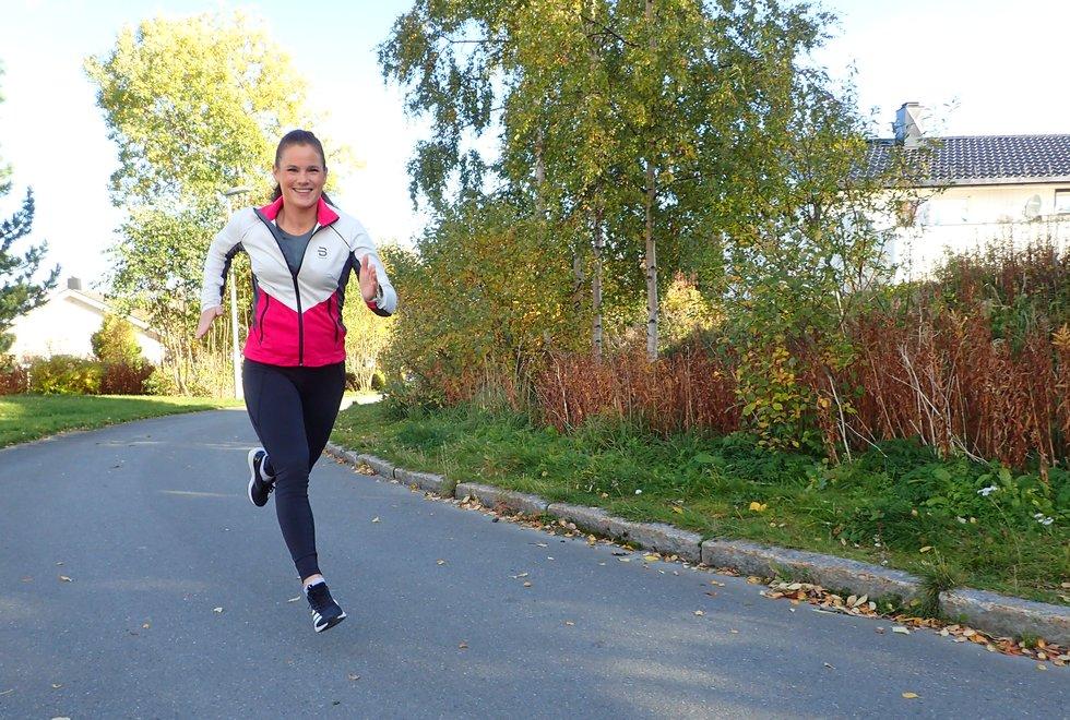 Camilla-Marie Flaaten liker å løpe ute i frisk luft. (Foto: Marianne Røhme)