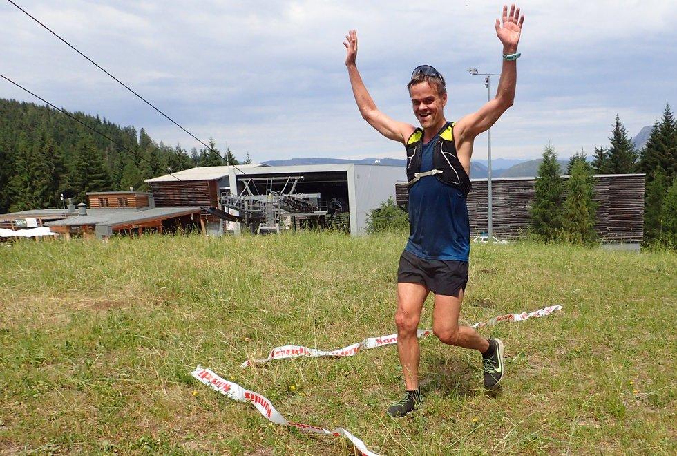 Trond Hansen ble bestemann på den lengste distansen (9 km) opp Monsterbakken i Cavalese i Val di Fiemme, Dolomittene, Italia