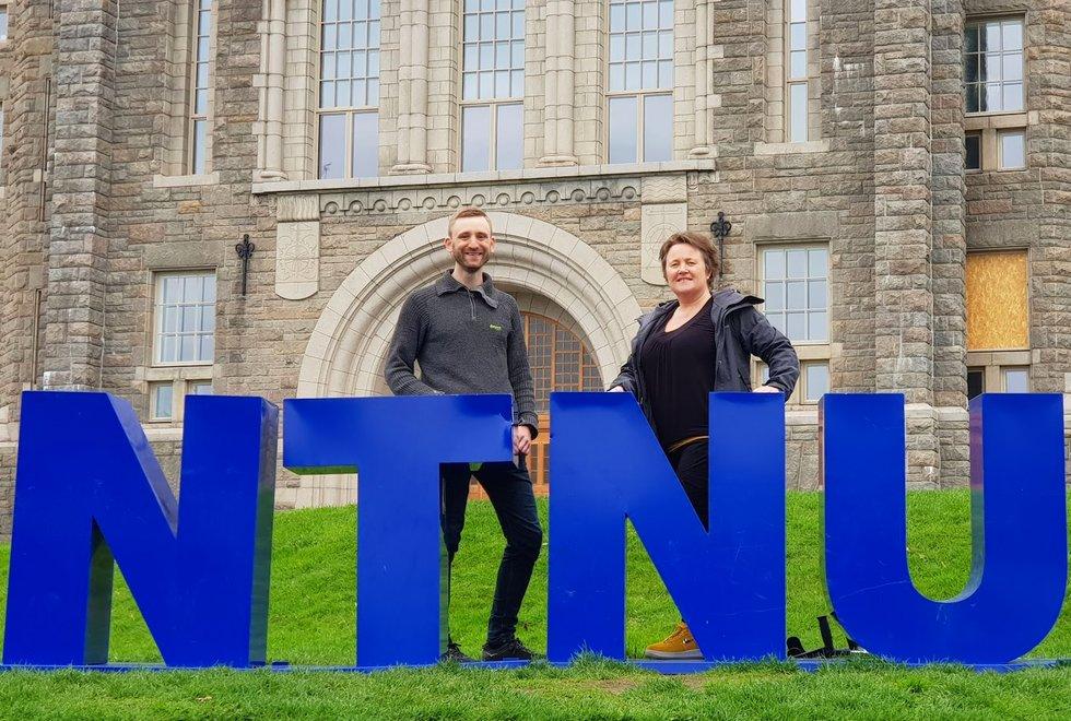 Audun Havnen og Linda Ernstsen ved NTNU