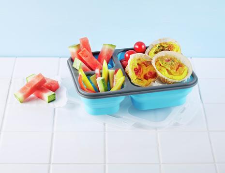 Matboks med omelettmuffins, grønnsaks- og vannmelonstaver
