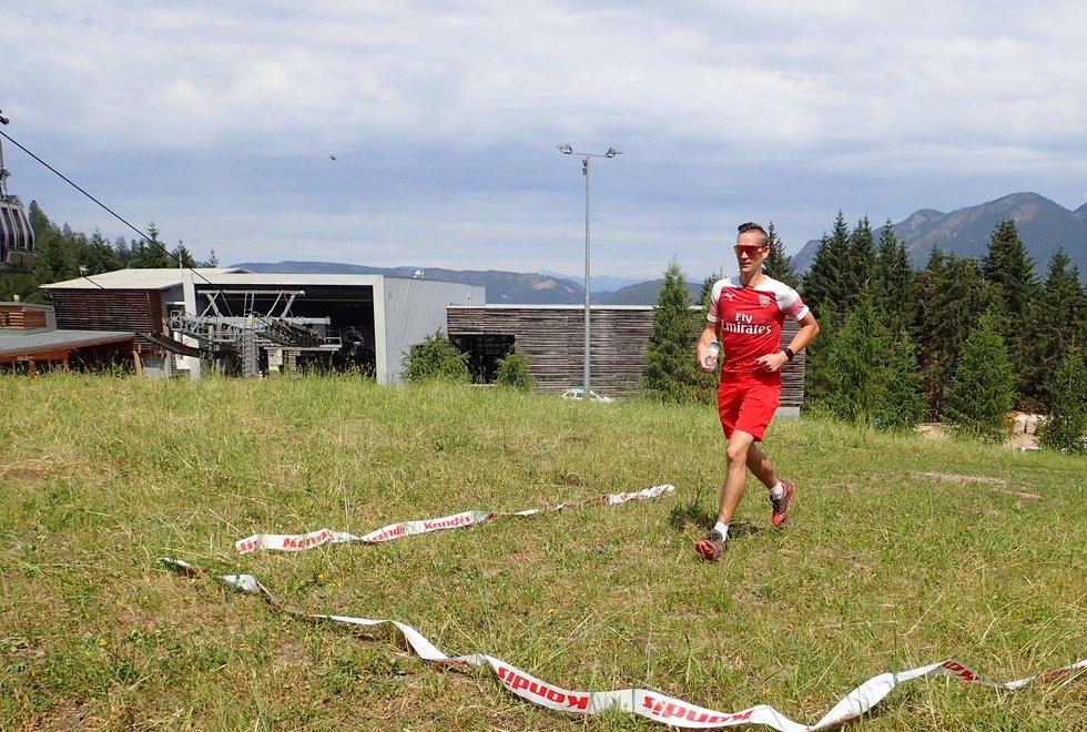 Roger Ødemark vant herreklassen på den korte distansen (3 km) opp Monsterbakken i Cavalese i Val di Fiemme, Dolomittene, Italia