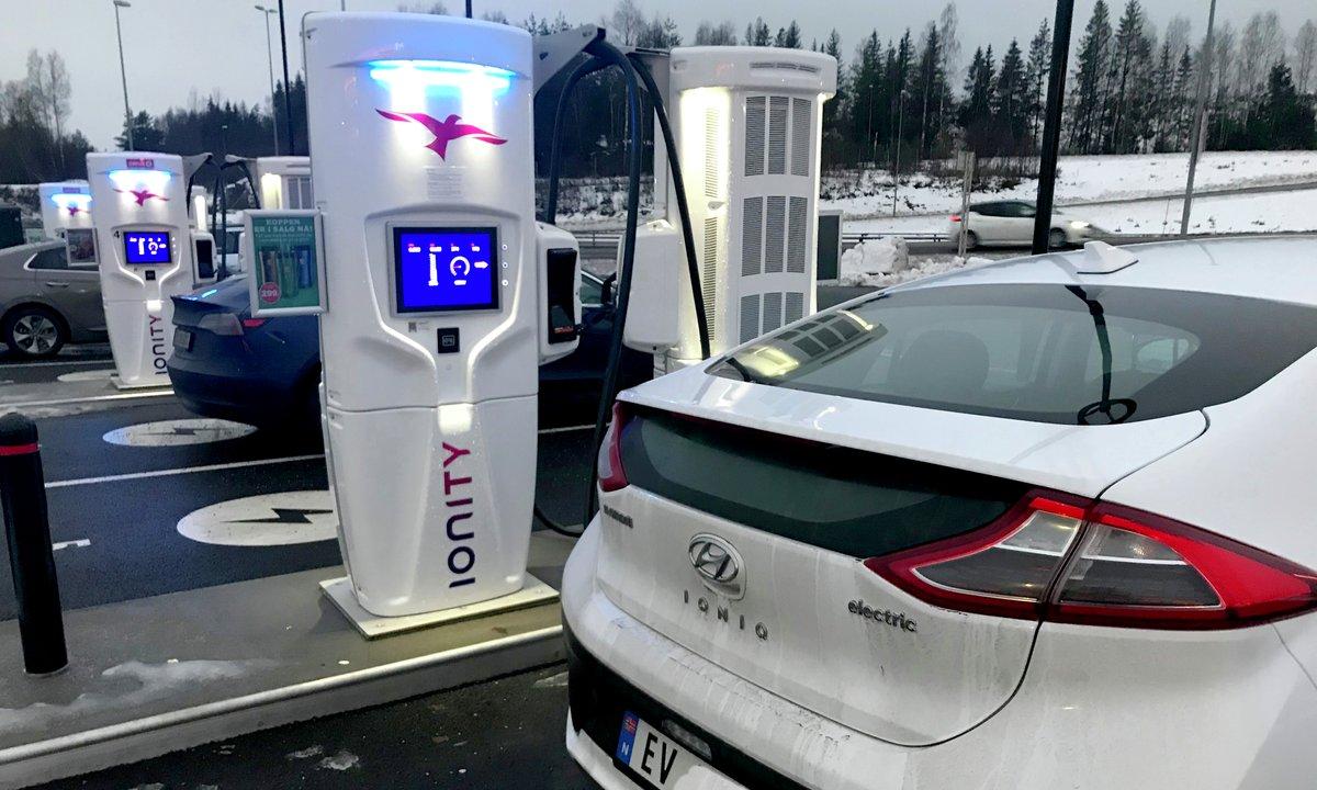 IONITY gjør lynlading langt dyrere enn bensin og diesel