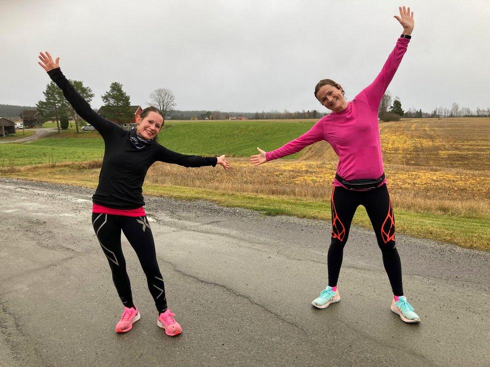 F.v.: Sofiia Granheim og Annette Velde Sande, Kondistreninga Årnes arrangerte Kondisløpet 31. oktober 2020