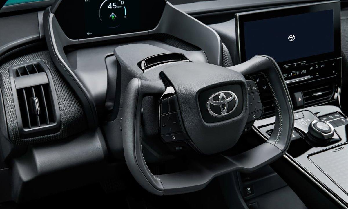 Lansert i natt: Her er Toyotas nye elbil