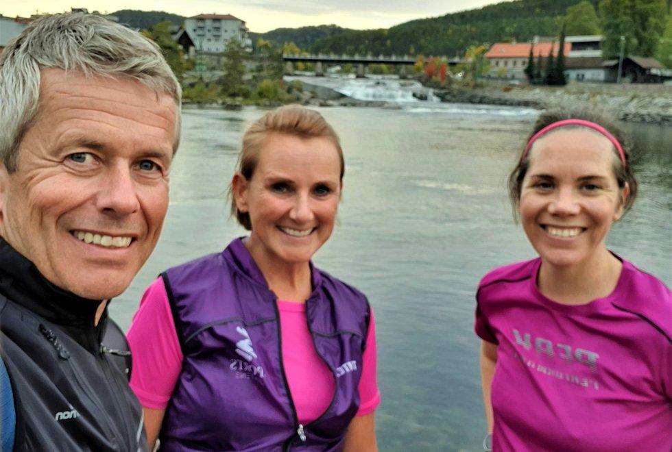 F.v.: Espen Haraldsen, Cathrine Haraldsen og Kjersti Pleym trenere i  Kondistreninga Kongsberg