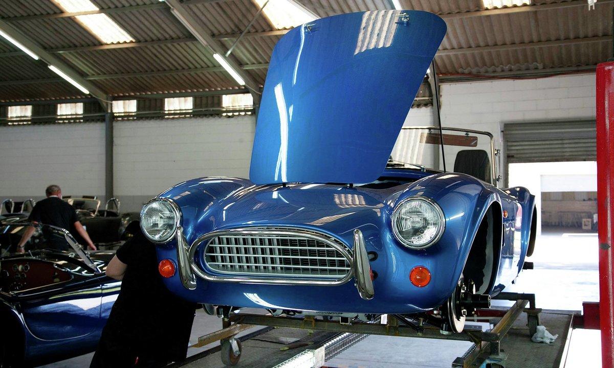 Legenden AC Cobra kommer som elbil