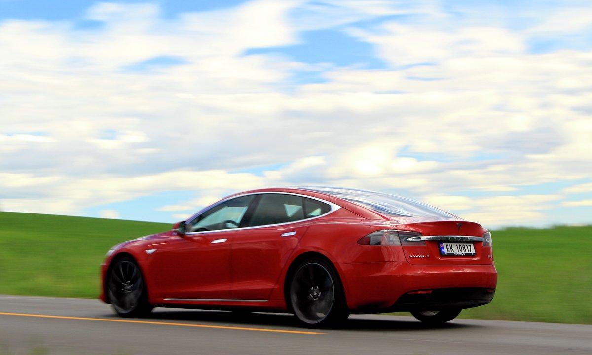 Tesla Model S 100D og P100D