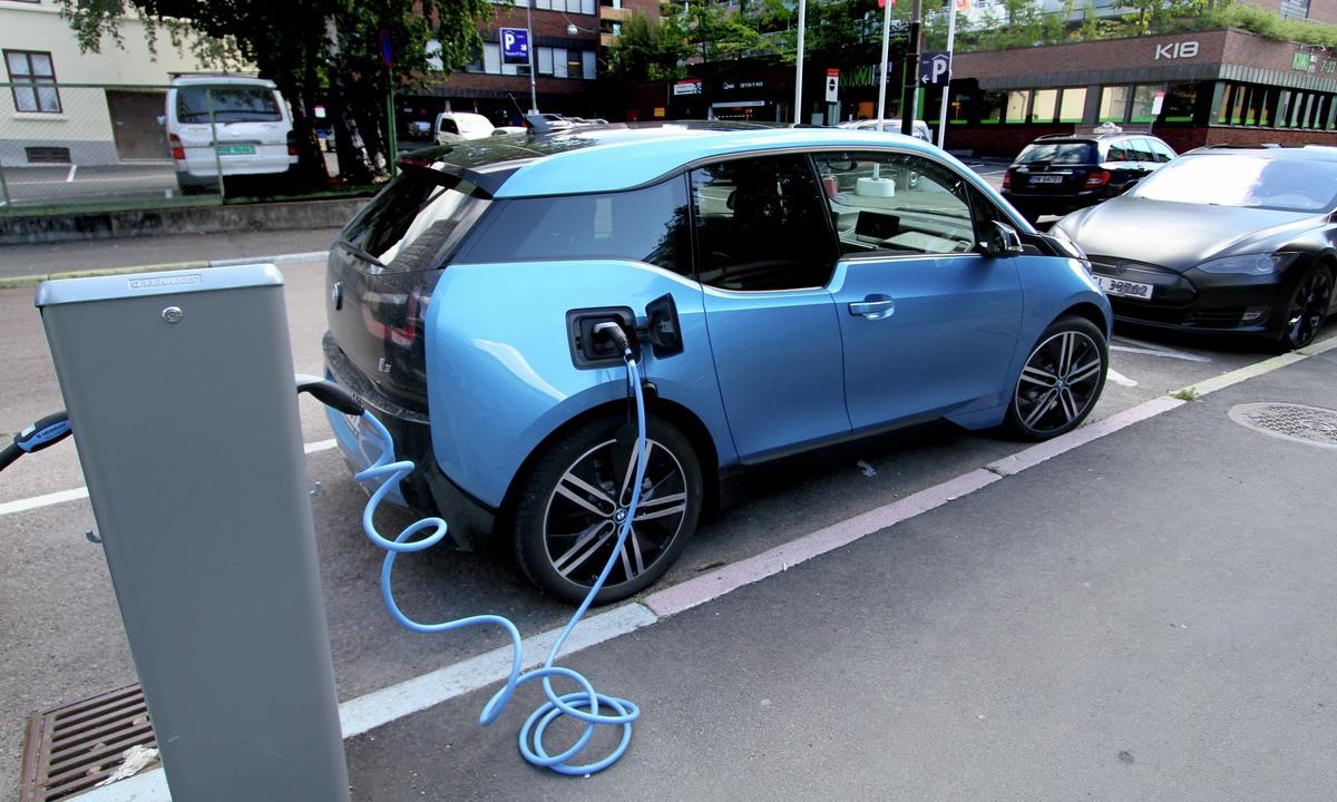Nasjonal 50-prosentregel for elbil nærmer seg