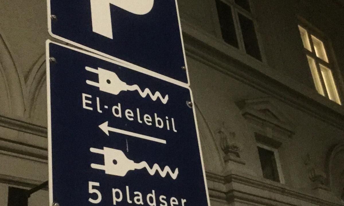 Danskene splittet om elbil