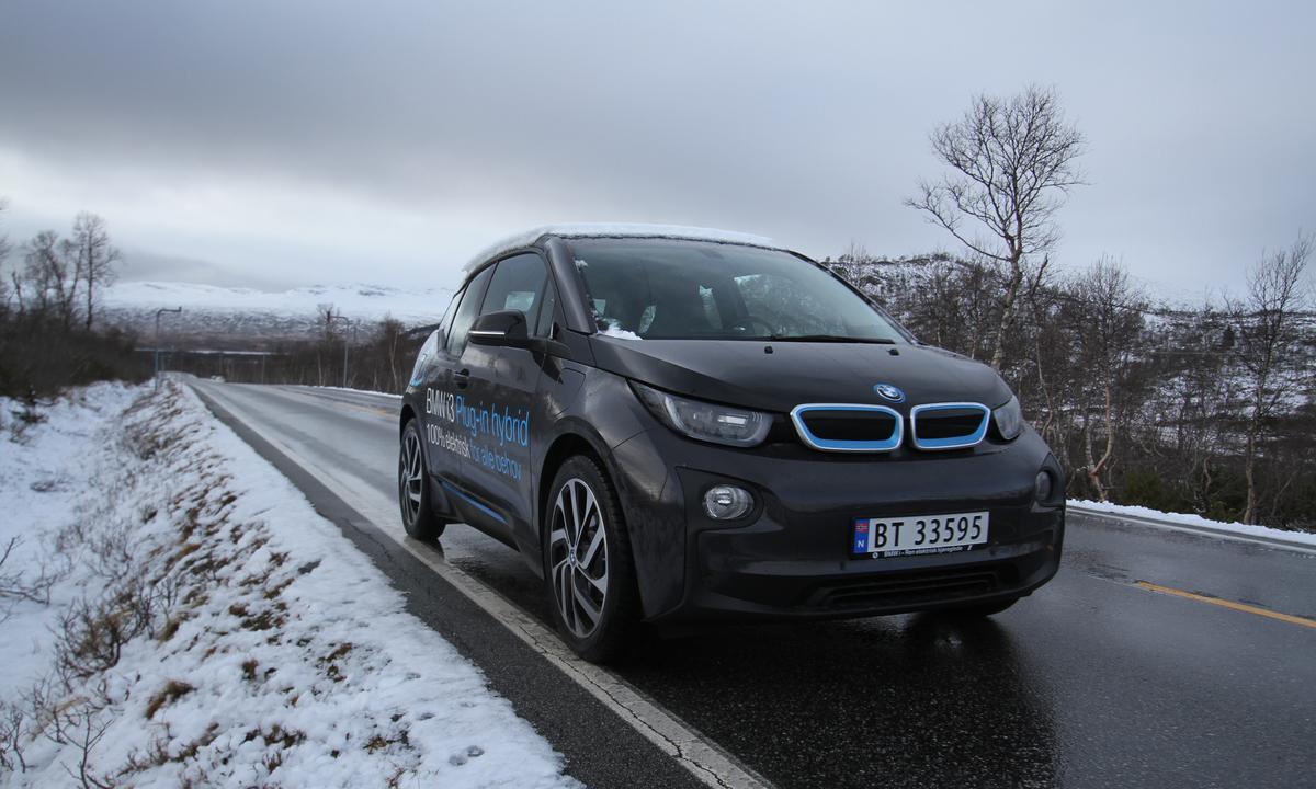 Test av BMW i3 REx: Den perfekte elbilen med støttehjul?
