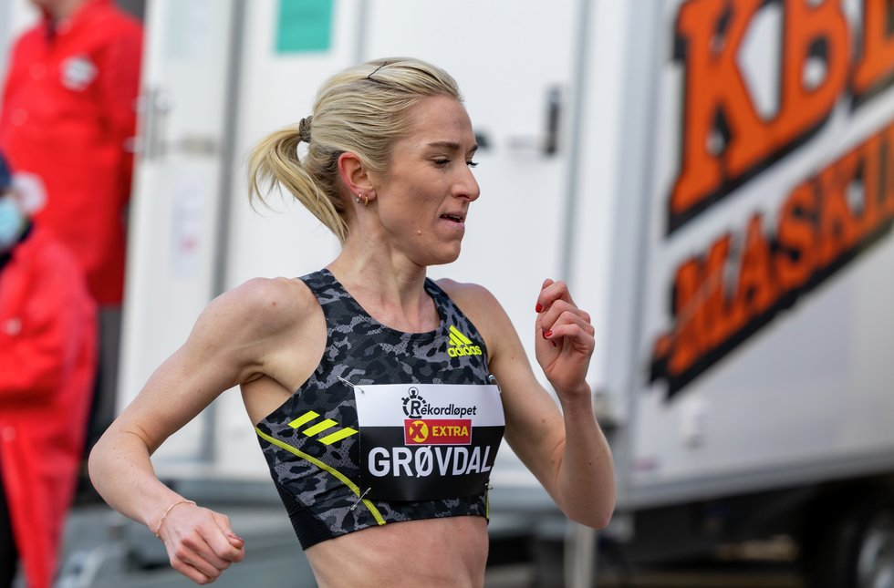 Karoline Bjerkeli Grøvdal fra rekordløpet på Maarud Gård. (Foto: Kondis/Samuel Hafsahl)