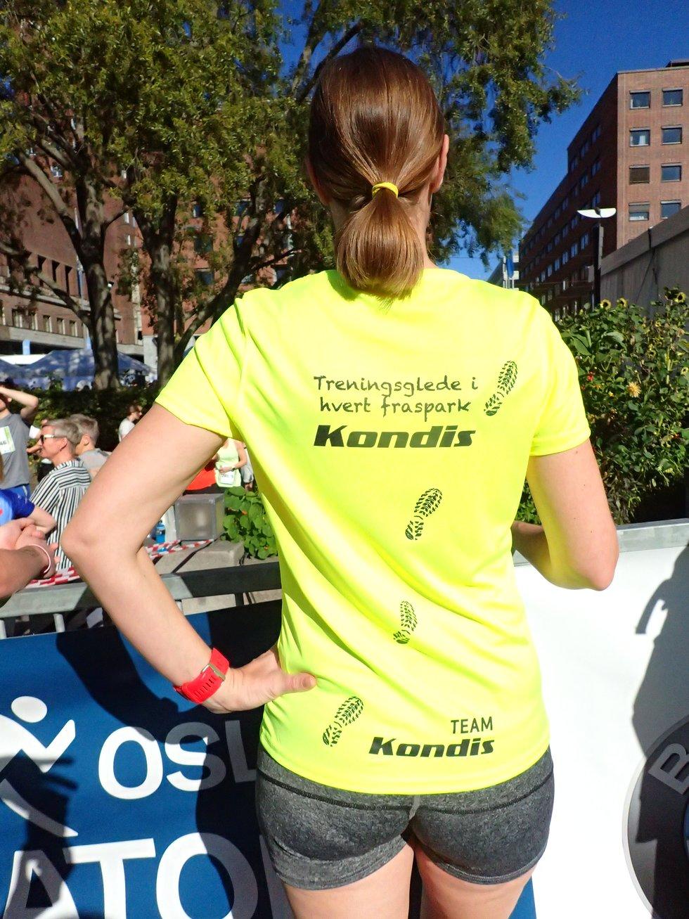 Casper Bergmann Henriksen og Turid Støa Bergmann løp for Team Kondis under Oslo Maraton 2019