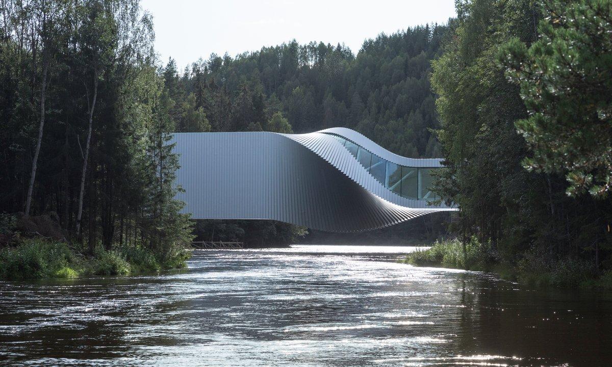 Kistefos museum: Åpner sesongen med 60 elbil-ladere