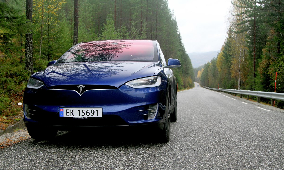 Forbrukstest av Tesla Model X P90DL