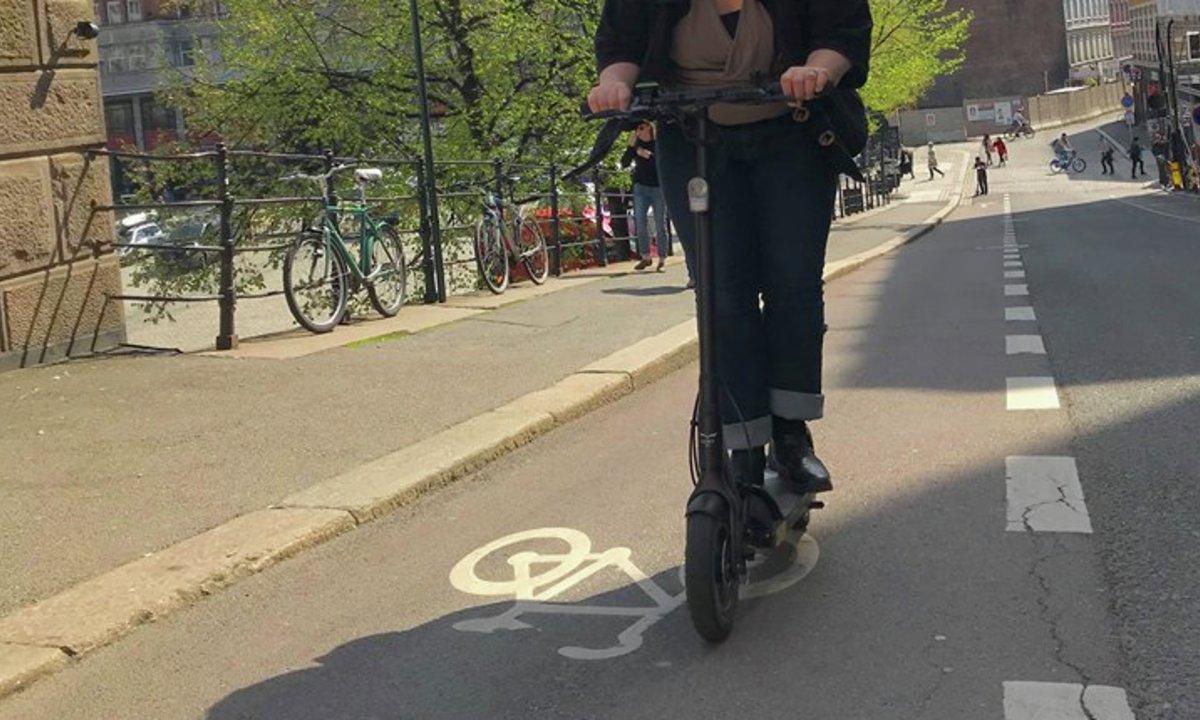Elektriske sparkesykler: Vårens store kick?
